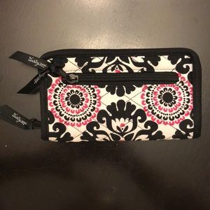 Thirty-One Soft Wallet ***NWOT***